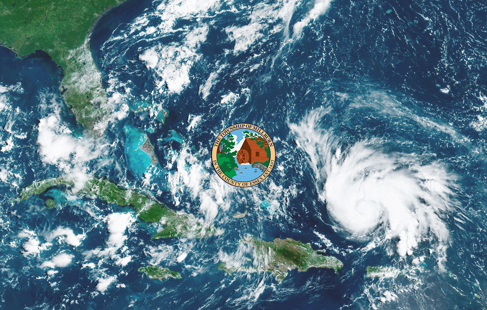 Satellite image of hurricane approaching Southern U.S.